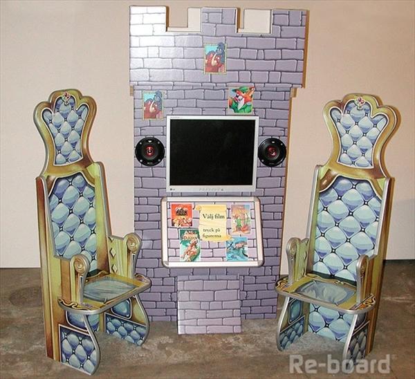 中世風の椅子